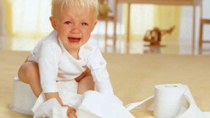 Nguyên nhân gây tiêu chảy ở trẻ và cách phản ứng của cha mẹ